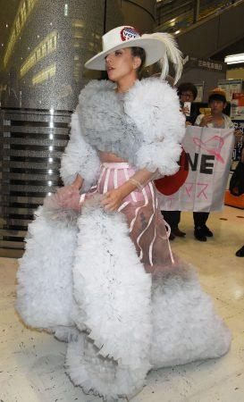 Lady Gaga - Marie Clair - Harpers Bazaar
